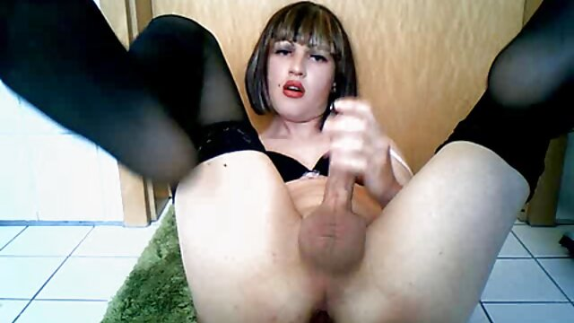 BLACKED Romi Rain se videos sexo español latino encuentra con Mandingo
