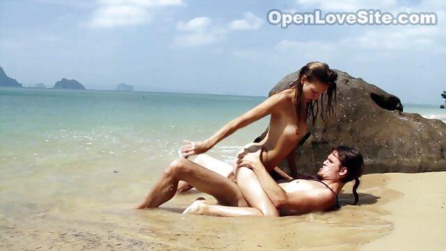 Salope qui aime les gorges profondes sex gay latinos