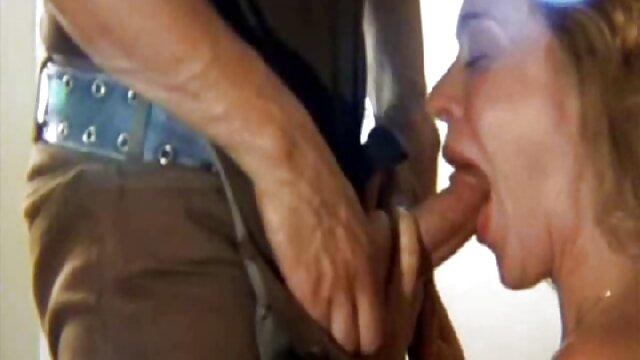Super porno latino americano caliente ducha culo