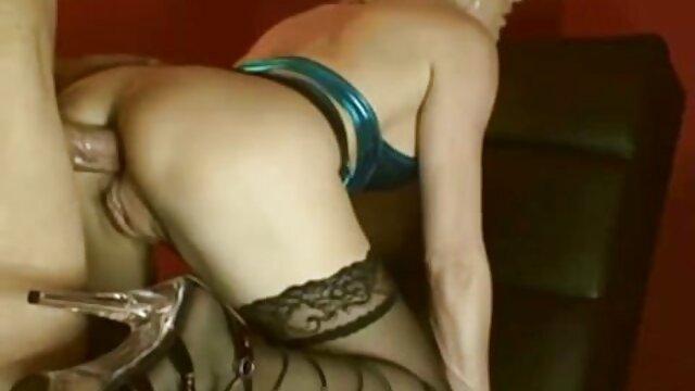 Cornudo MILF Sissy marido mira 2 Toros follando a videos porno en español latino su esposa