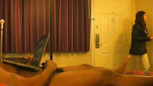Chicas - peliculas eroticas en español latino SEXO TELEFÓNICO - Alexis Adams